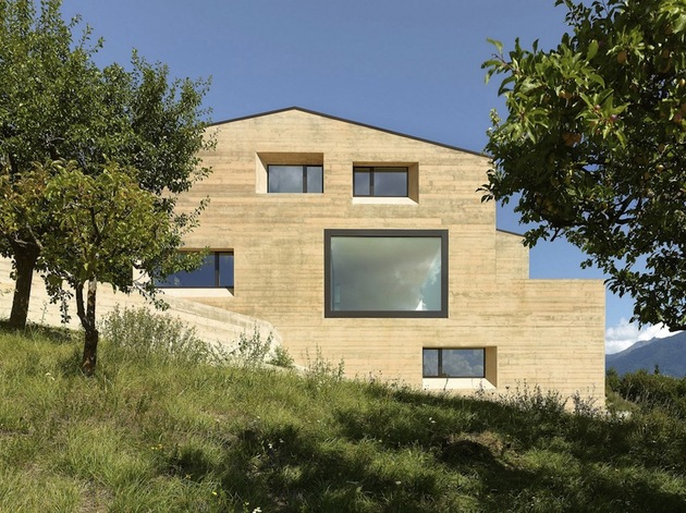 hillside-house-with-wood-look-concrete-covering-9-day-side.jpg