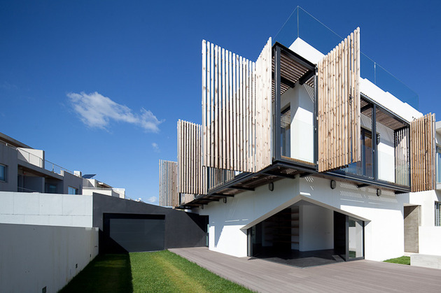 house-operable-wood-louvers-temperature-control-4-louvers.jpg