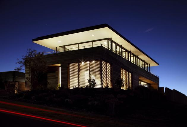 ocean-front-home-270-deg-views-elevated-perch-22-exterior.jpg