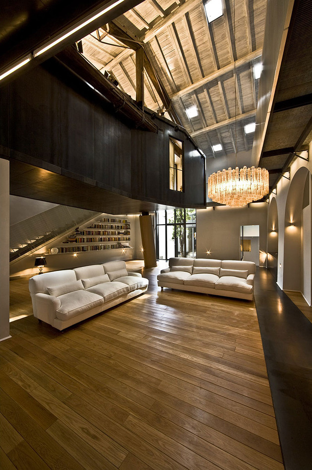 spectacular loft in reconvereted barn in rome 6 thumb autox947 39025 Spectacular Loft in Reconverted Barn in Rome