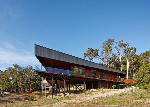 sustainable-house-stilts-accessed-steel-ramps-7-corner.jpg