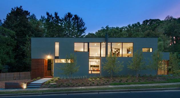 triangular-house-with-bridge-to-office-loft-overhead-14.jpg
