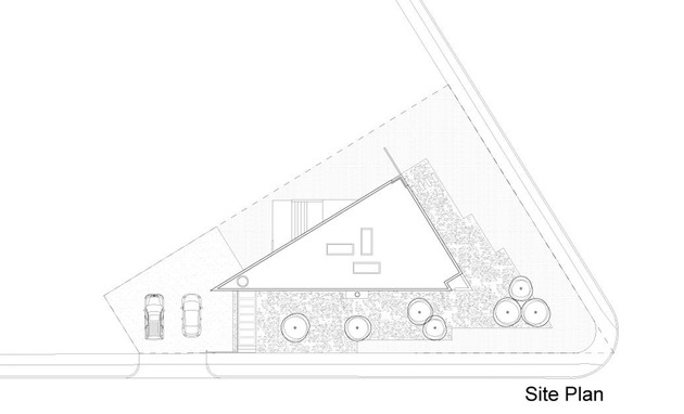 triangular-house-with-bridge-to-office-loft-overhead-18.jpg