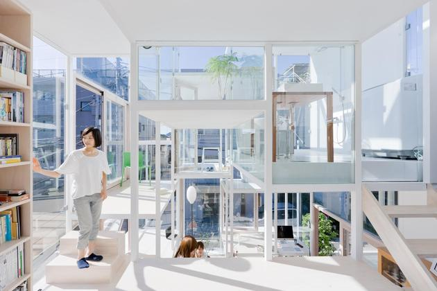 urban-glass-walled-house-with-platform-living-spaces-4-interior-platforms.jpg