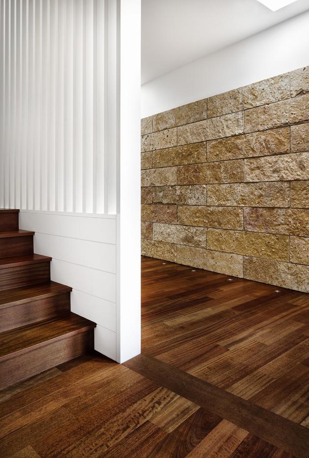wood-and-limestone-house-built-among-trees-5.jpg