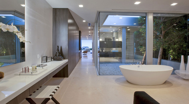 70s-home-transformed-modern-masterpiece-19-ensuite.jpg