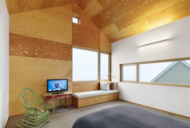 barn-style-home-studio-feature-douglas-fir-ceilings-trim-6-bed.jpg