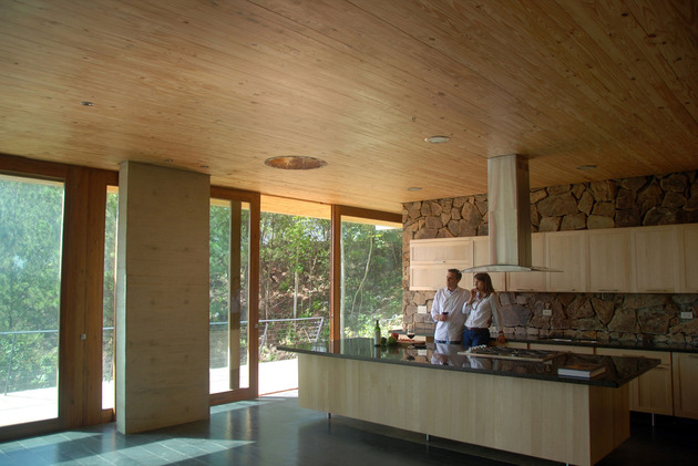 grass-roofed-home-built-slope-hillside-cooling-16-kitchen.jpg