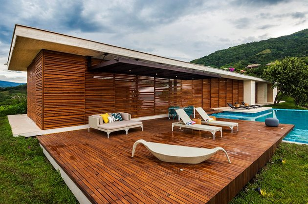 home-completely-open-elements-completely-close-10-exterior.jpg