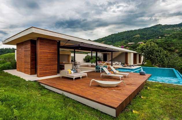 home-completely-open-elements-completely-close-9-exterior.jpg