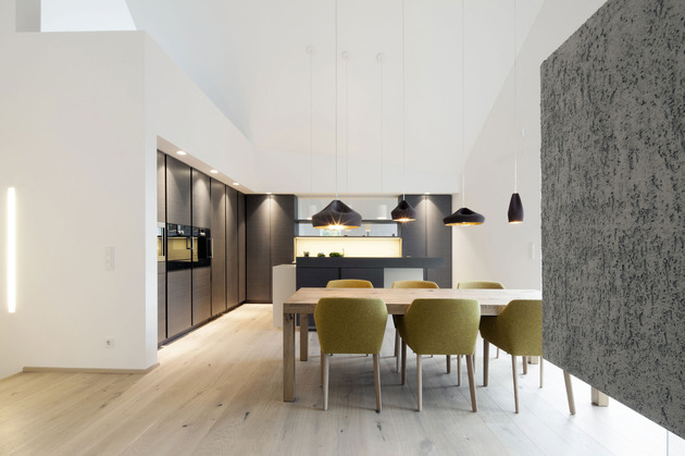 home-converted-3-apartments-including-penthouse-Suite-10-kitchen.jpg