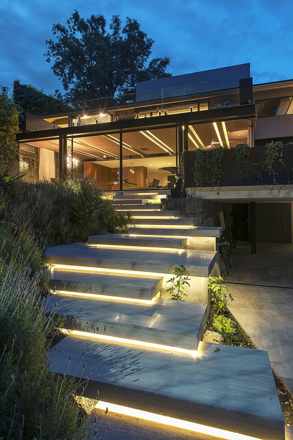 View In Gallery Home Expansion Steel Glass Concrete Structure 2 Steps Thumb  Autox945 42156 Home Expansion Adds Steel And