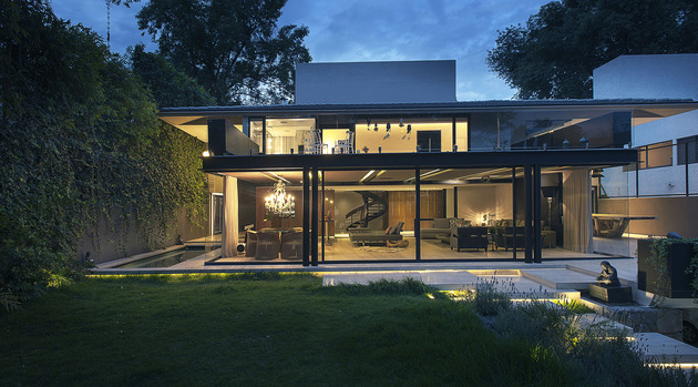 home-expansion-steel-glass-concrete-structure-4-terrace.jpg