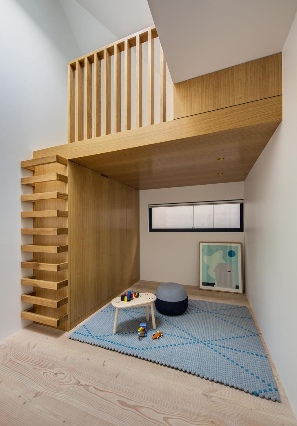 Ordinaire View In Gallery House Interesting Wooden Staircase Design Child Hideout 12