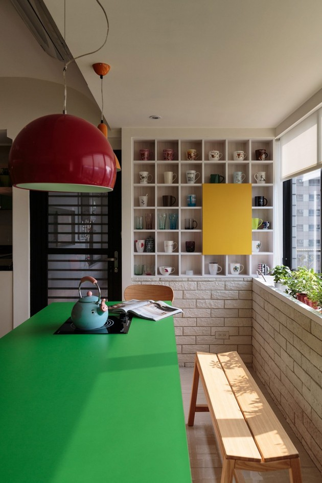 small-urban-apartment-with-synthetic-saturated-style-11.jpg