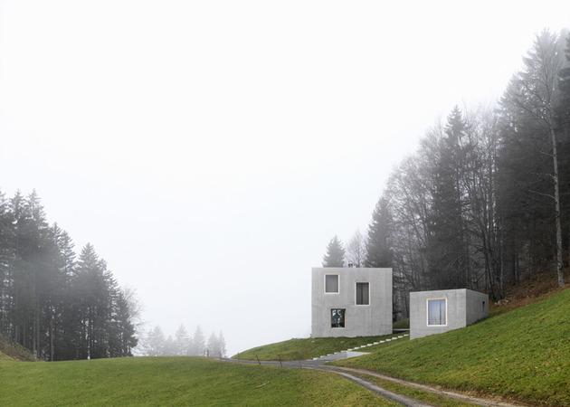 two concrete cubes comprise main guest house 2 site thumb 630xauto 42498 Two Concrete Cubes Comprise Main and Guest House