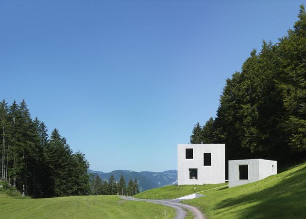 two-concrete-cubes-comprise-main-guest-house-4-site.jpg