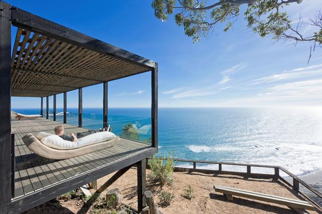 coastal-house-bluff-designed-blend-landscape-4.jpg