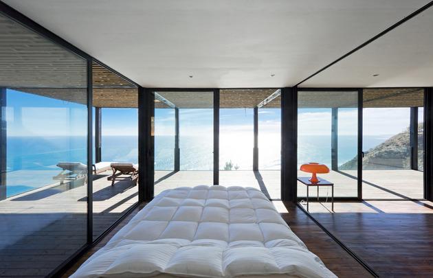 coastal-house-bluff-designed-blend-landscape-7.jpg