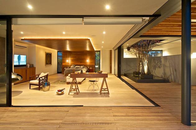indoor-outdoor-zones-accentuated-vertical-gardens-19-bed.jpg