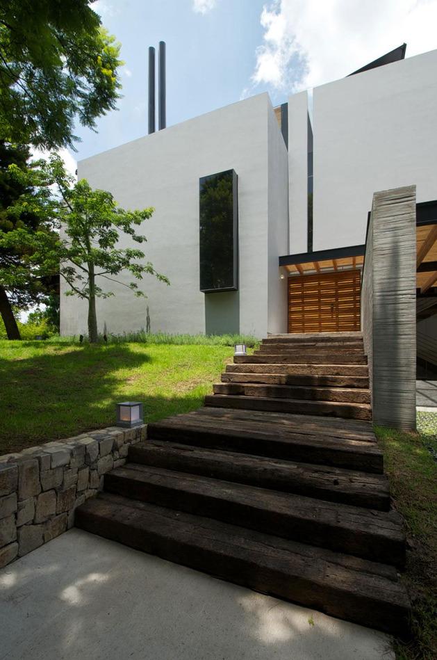 indoor-outdoor-zones-accentuated-vertical-gardens-4-front.jpg