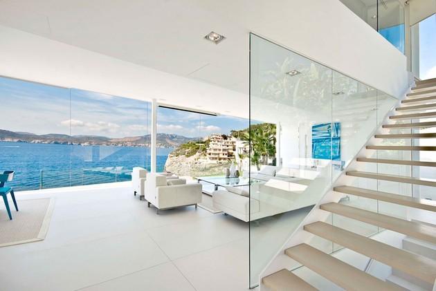 mallorca-paradise-behind-glass-walls-12.jpg