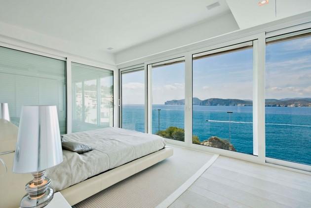 mallorca-paradise-behind-glass-walls-16.jpg