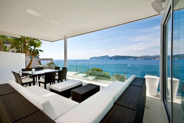mallorca-paradise-behind-glass-walls-6.jpg