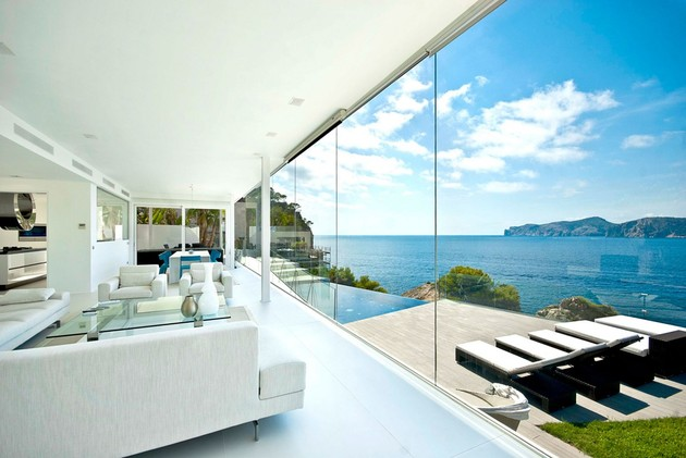 mallorca-paradise-behind-glass-walls-8.jpg