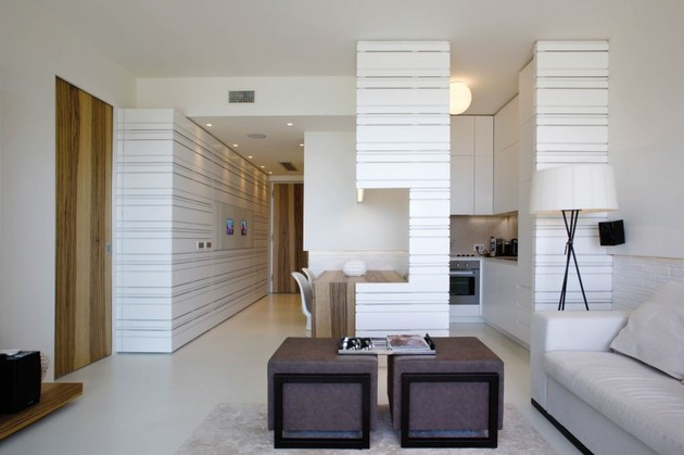 minimalist-seafront-house-with-textured-interior-walls-3.jpg