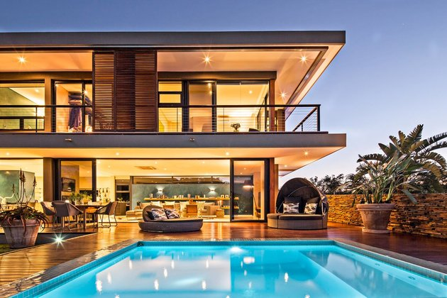saturated-blues-pool-interiors-lush-green-landscape-18-pool.jpg