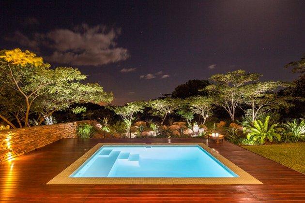 saturated-blues-pool-interiors-lush-green-landscape-24- pool.jpg