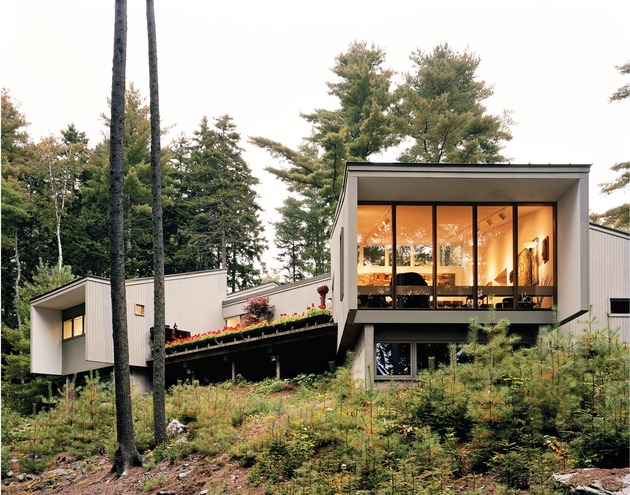spine module home clips together conforming landscape 1 exterior thumb 630xauto 43532 Architects Own Home Filled with an Undeniable Sense of Coziness