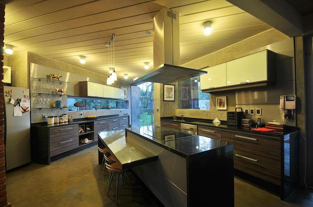 tree-pierces-roof-other-details-brick-home-19-kitchen.jpg