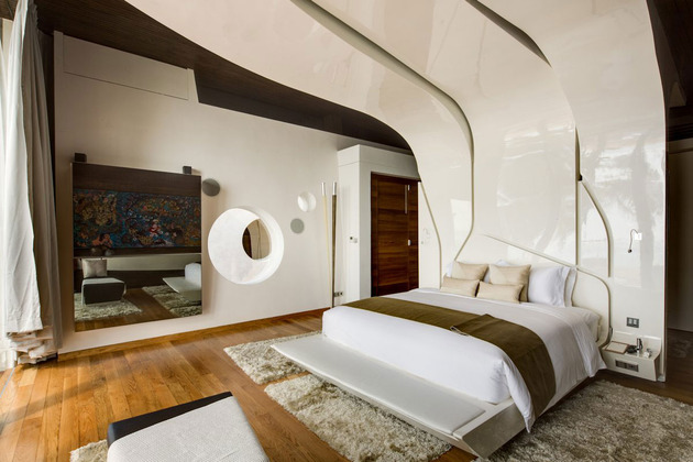 ultimate-ultramodern-seaside-getaway-villa-with-restaurant-6-decor-shapes.jpg