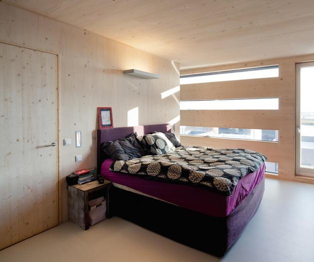 energy-neutral-row-home-shou-sugi-ban-13-bed.jpg