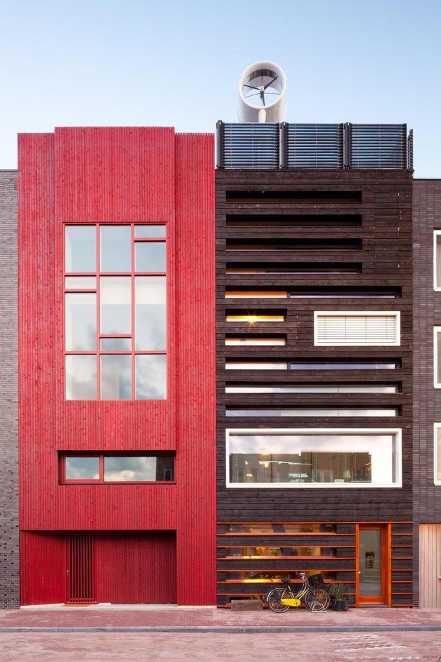 energy-neutral-row-home-shou-sugi-ban-6-exterior.jpg