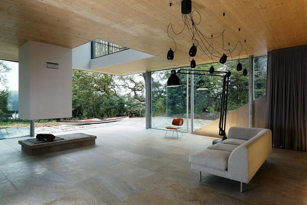 glass-living-edge-wood-clads-house-contrasts-20-living.jpg