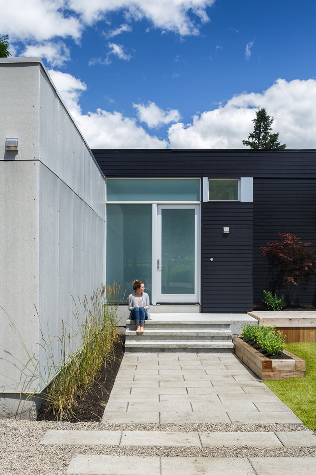 modern-riverside-home-christopher-simmonds-architect-4-entry.jpg