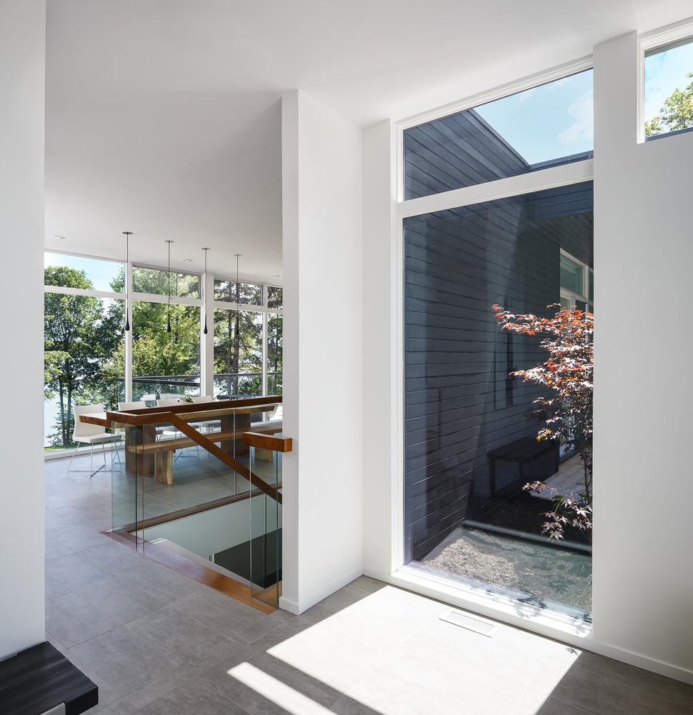 Modern Riverside Home by Christopher Simmonds Architect Celebrates ...