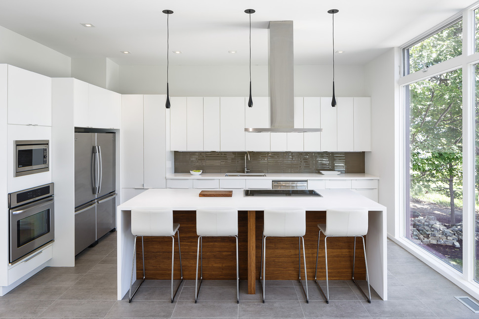 View In Gallery Modern Riverside Home Christopher Simmonds Architect 9  Kitchen.