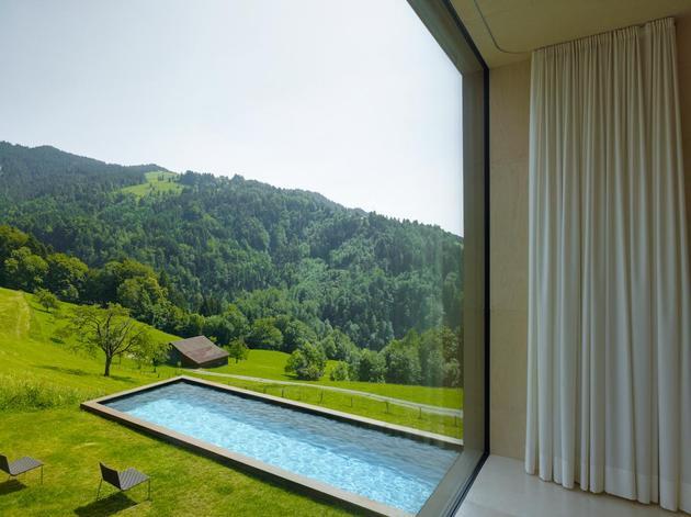 oxidized-steel-bedroom-tower-presides-house-pool-14-bed.jpg