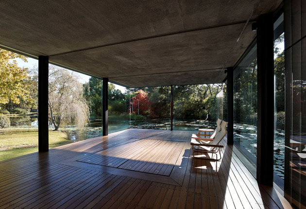 romantic-guest-house-cantilevers-spa-over-lilly-pond-14-spa.jpg