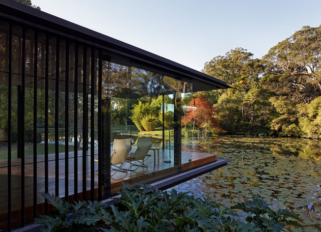 romantic-guest-house-cantilevers-spa-over-lilly-pond-18-terrace.jpg