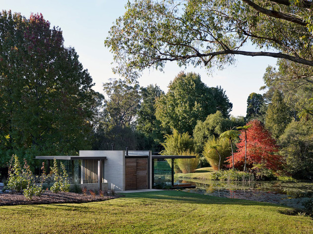 romantic-guest-house-cantilevers-spa-over-lilly-pond-4-entry.jpg