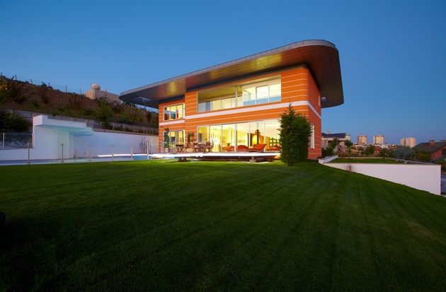 ultramodern house with vibrant lighting design focus 1 exterior day thumb 630xauto 45216 Ultramodern Orange House Takes Home Lighting to Extreme
