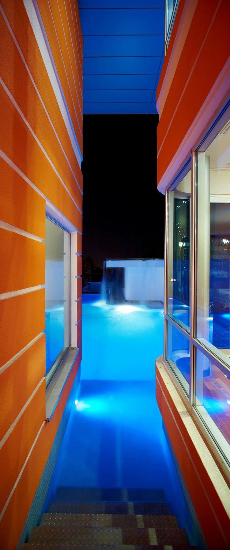 ultramodern-house-with-vibrant-lighting-design-focus-7-stairs-inside.jpg