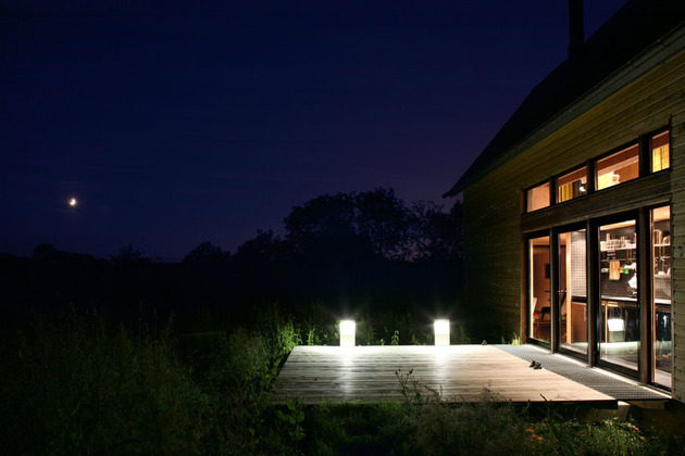 barn-style-weekend-cabin-embraces-simple-life-5-landscape.jpg