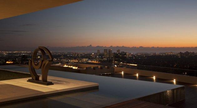 la-homes-view-mcclean-design-13-sunsetstrip.jpg