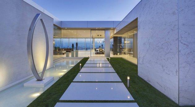 la-homes-view-mcclean-design-18-tananger.jpg